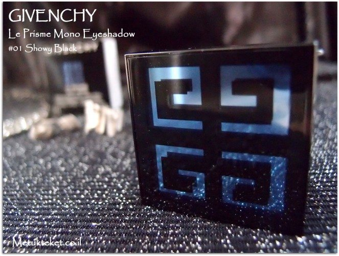 GIVENCHY - Le Prisme Mono Eyeshadow - #01 Showy Black