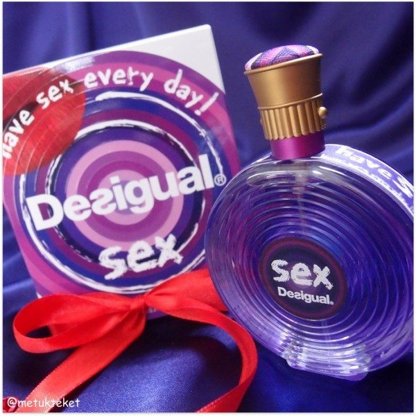 Sex by Desigual, סקס