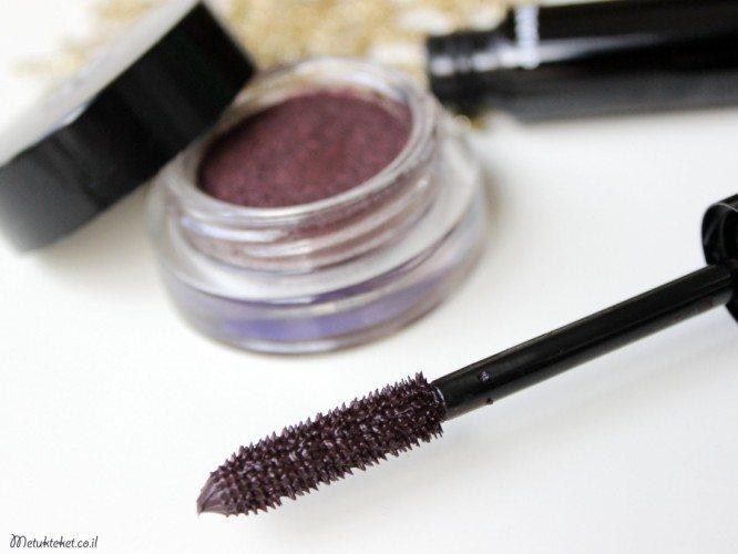 Le Volume de Chanel Mascara 27 Rouge Noir