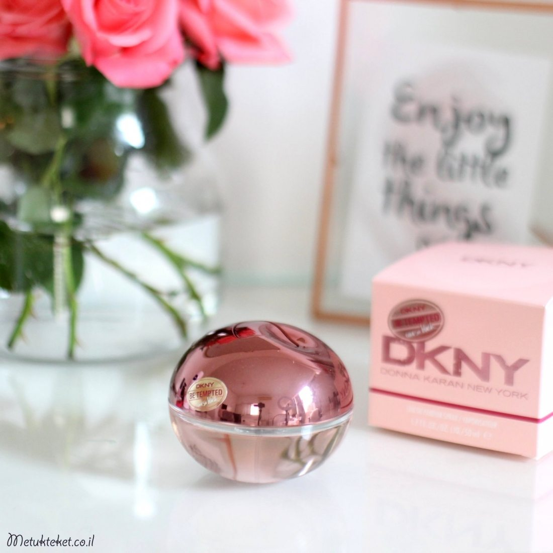 בי דלישס, דונה קארן, Be Tempted Eau Blush DKNY