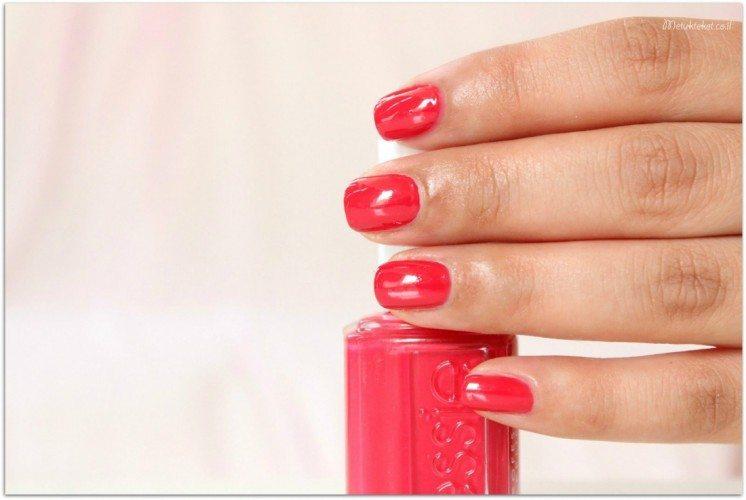 לק של אסי, essie, nails, לק אדום