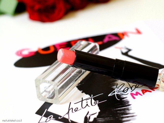 שפתוני לה פטיט רוב נואר של גרלן  Guerlain La Petit Robe Noire Lipstick